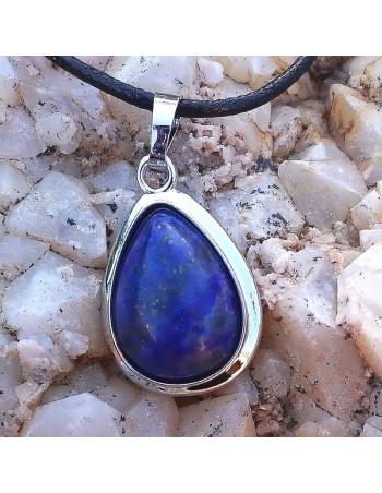 Colgante de lapislázuli. Colgantes de piedra natural.